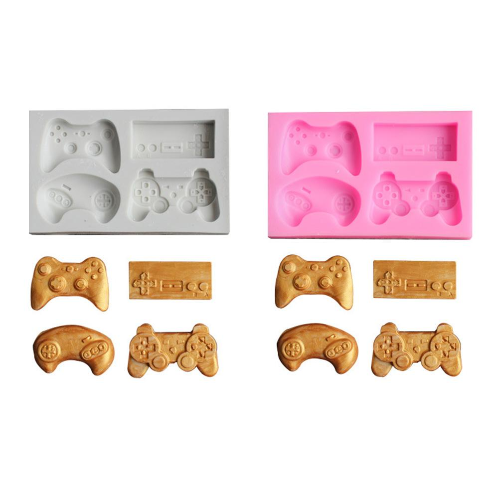 Silicone Bakeware Mold For Cake Chocolate Jelly Pudding Dessert Molds Game Controller Shape Kitchen Tools Wholesale
