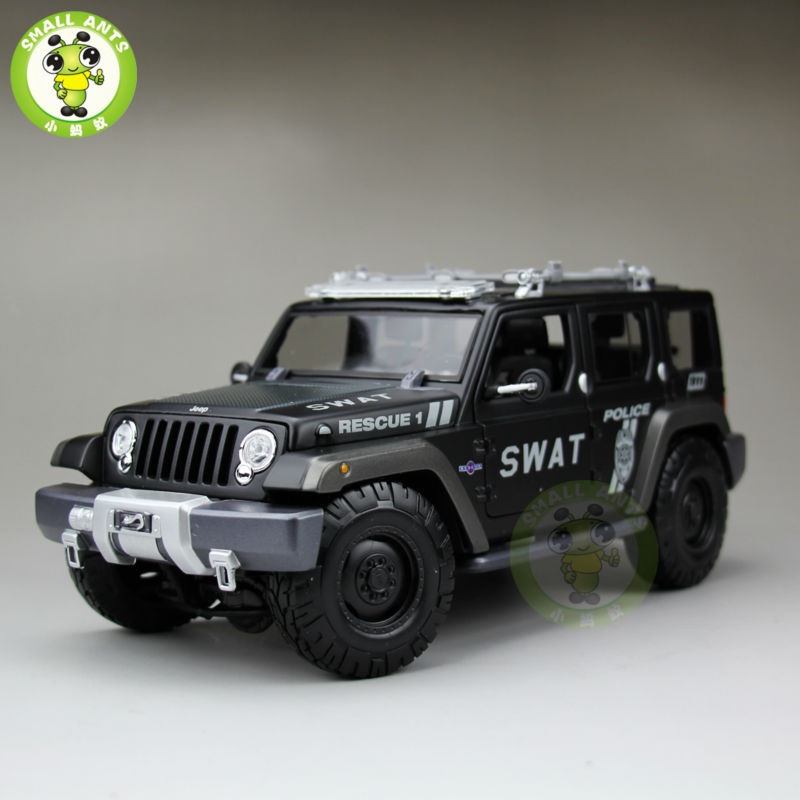 1/18 Jeep Rescue Concept SWAT Diecast Metal Car Suv Model Maisto Black maisto jeep wrangler rubicon fire engine 1 18 scale alloy model metal diecast car toys high quality collection kids toys gift
