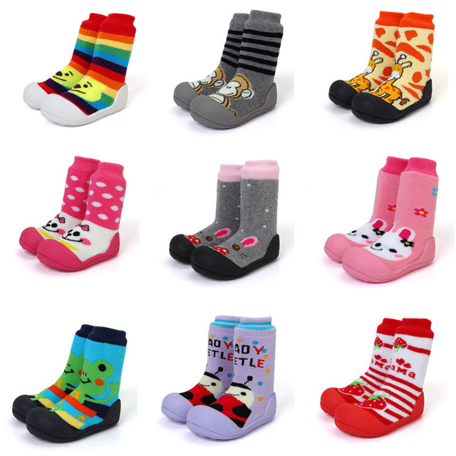 2015 New Attipas Same Design Shoes Baby Girl Boy Shoes Newborn Baby Moccasins Shoes  Enfant Shoes Socks Rubber Sole Kids Boots