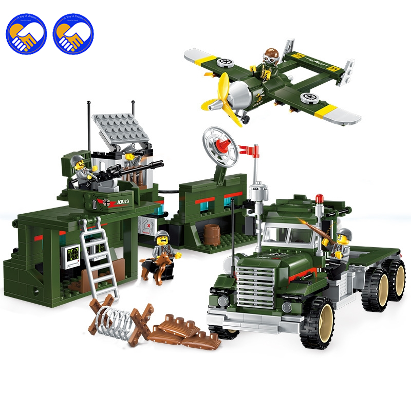 A toy A dream 1713 City SWAT Series Military Fighter Policeman building bricks Compatible Legoingly city toys for children compatible lepin city block police dog unit 60045 building bricks bela 10419 policeman toys for children 011
