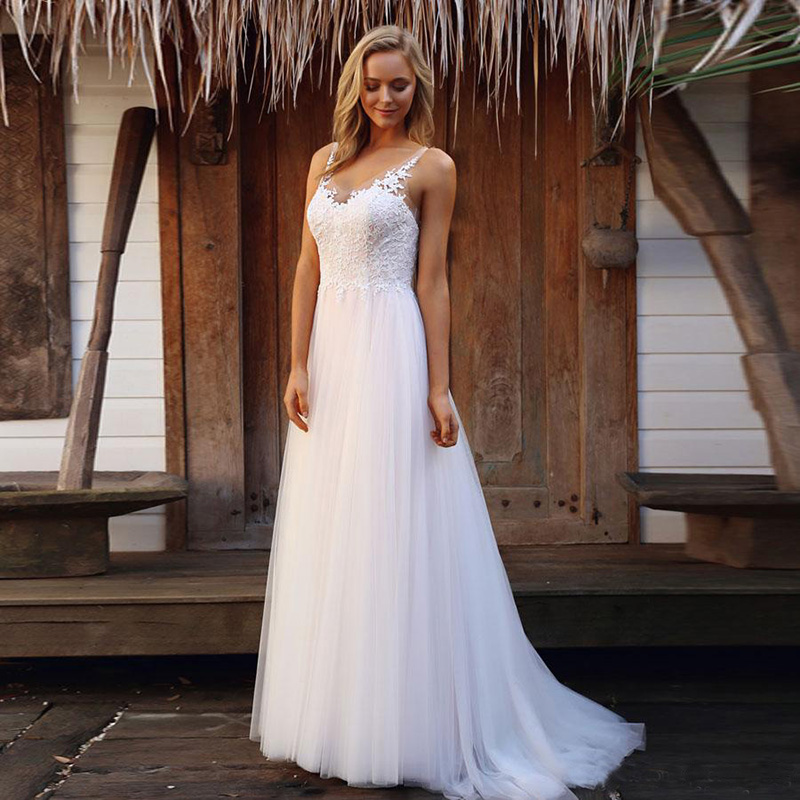 Lakeydra White Tulle Beach Wedding Dresses Deep V-Neck A-Line with Sleeveless Lace Backless Long Plus Size Bridal Gowns