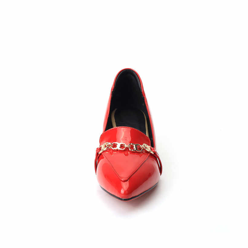 Britse Vrouwen Loafers Red Patent Leather Puntschoen Flats Retro Ketting Moccasin Casual Mid Block Hak Oxfords Slip-on dame Schoenen