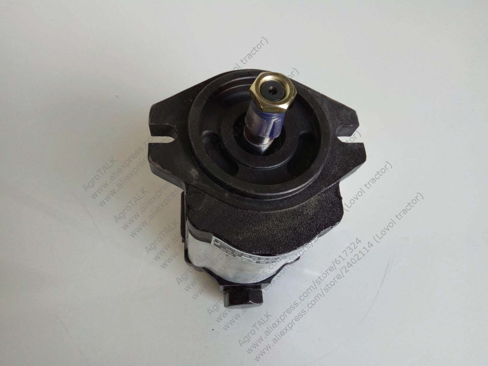 Foton Lovol TG1204 TG1254 tractor parts, the steering power pump, part number: TG1204.402C.8 foton tractor parts for ft 304 ft404 the power steering cylinder part name ft304 31f 019