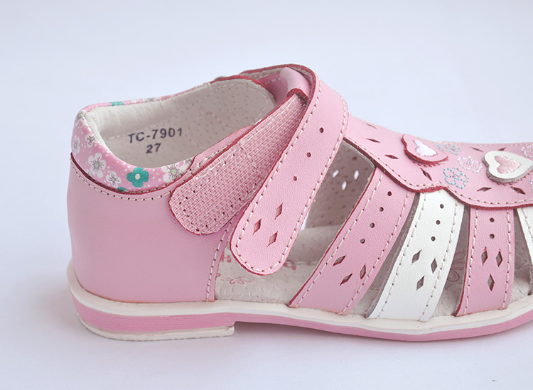 f623b4e4d cute flower 1 pair Rhinestone Genuine Leather Orthopedic Children shoes  girl sandals