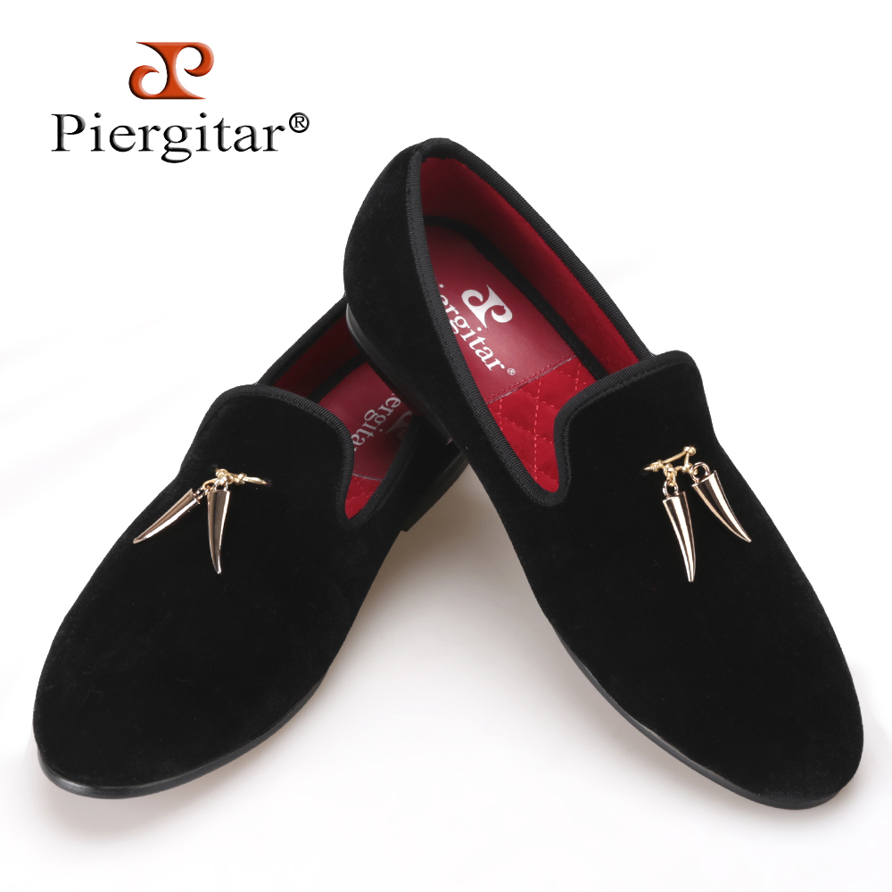Pierigtar new Gold metal signature Shark Tooth Handmade Men Velvet shoes Men wedding and party Loafers Men Flats Size US 4-17 men loafers paint and rivet design simple eye catching is your good choice in party time wedding and party shoes men flats