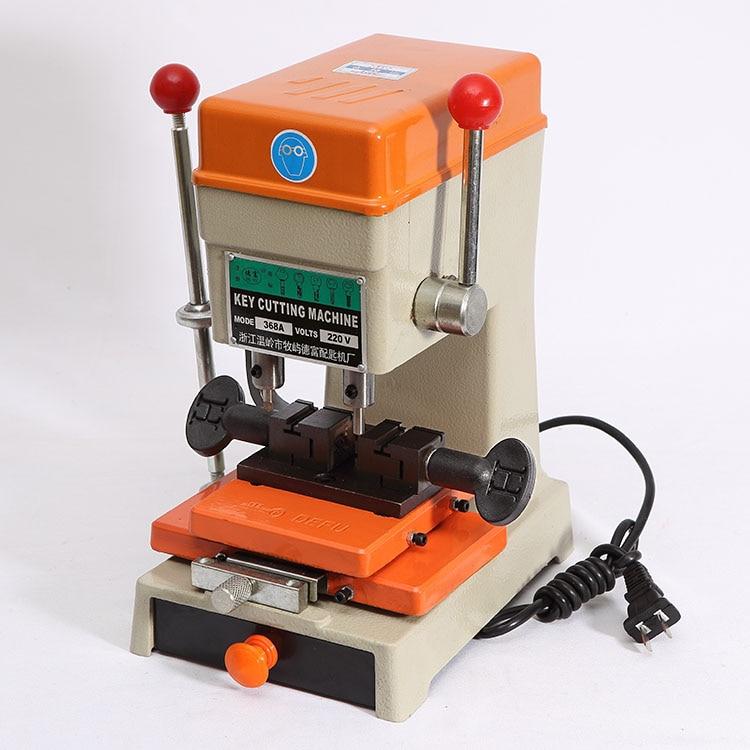 La più nuova macchina di duplicazione della copia di taglio della chiave dell'automobile di Defu del laser 368a con le taglierine dell'insieme completo per la fabbricazione delle parti degli strumenti del fabbro delle chiavi