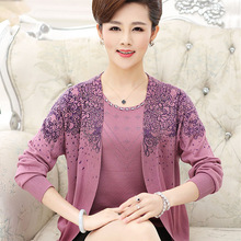 2017 New Middle Aged Women Sweaters And Pullovers Long Sleeve Two Piece Set Printed Pullover Plus Size Mother Clothing C878