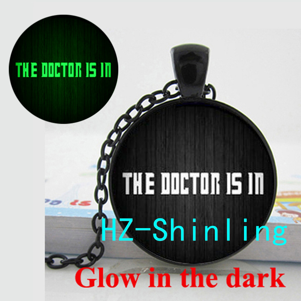 New Fashion Glowing Jewelry The Doctor Is In Necklace Doctor Who Pendant Glow in The Dark Glass Dome Necklace