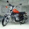 Nuevo 1/12 Escala Clásica 1973 Kawasaki 750 RS (Z2) Vintage Moto Diecast Metal Modelo de La Motocicleta de Juguete De Colección