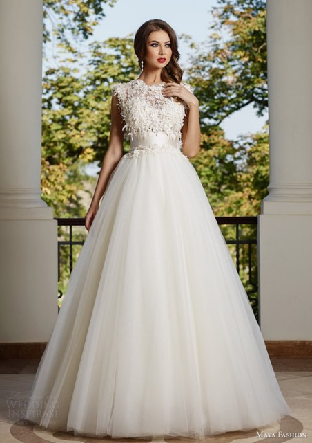 Lace Top And Tulle Skirt Wedding Dress Empire Waist Bodice Bride Gown With Bow Sash