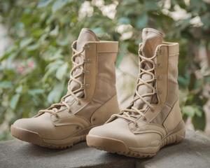 Image 4 - Ultralight Erkekler asker botu Askeri Ayakkabı Savaş Taktik yarım çizmeler Erkekler Için Çöl/orman çizmeleri Açık Ayakkabı Boyutu 35 46