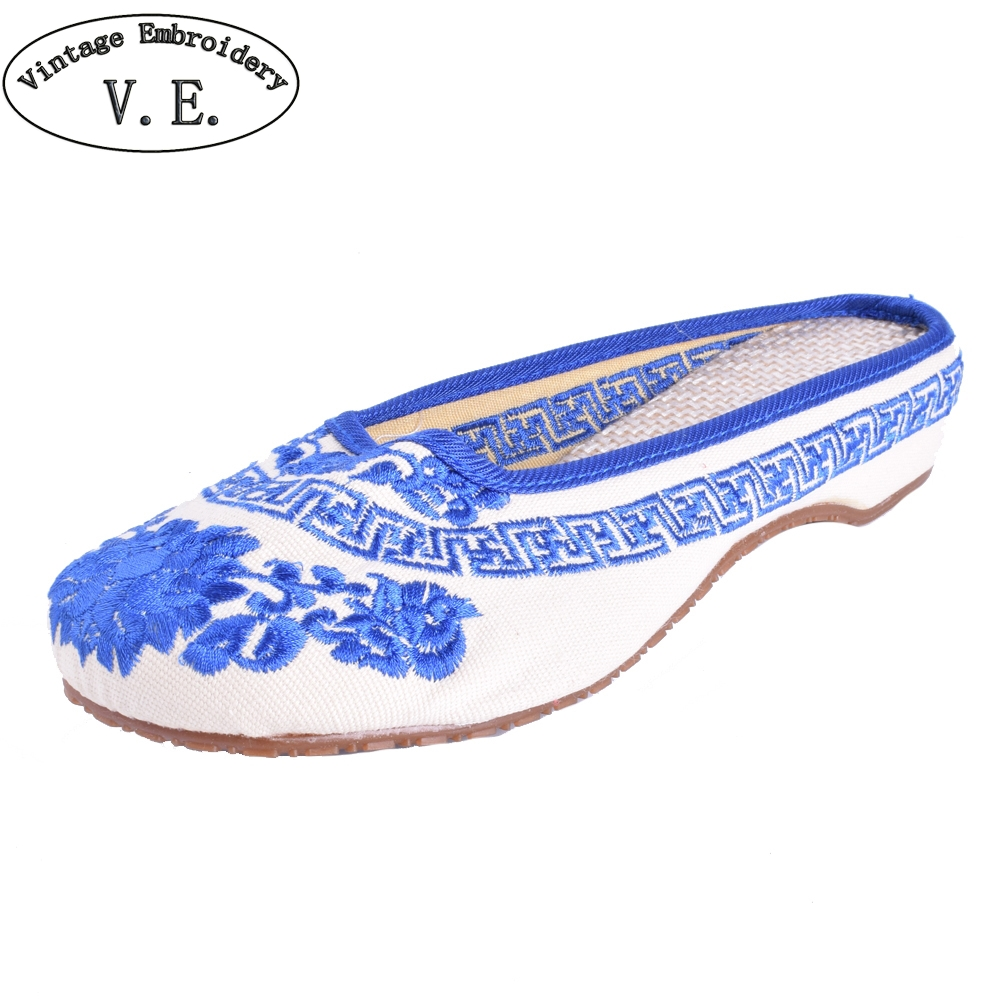 Women Slippers Summer Vintage Canvas Old BeiJing Blue and White Embroidery Sandals Soft Shoes Plus Size 41 vintage embroidered women slippers summer new linen chinese canvas old beijing flowers sandals soft shoes size 35 41