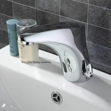 High quality Cold&hot water integration Automatic Hands Touch Free Sensor Faucet Bathroom Sink Mixer Tap 8950