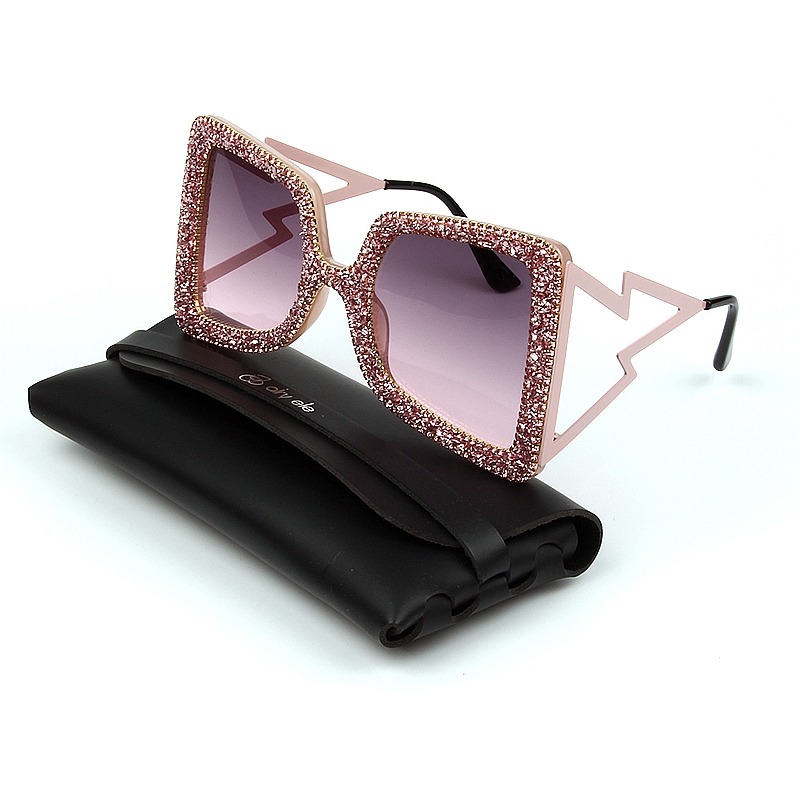 Oversize Sunglasses Women Big Wide Temple Bling Stones 2019 Fashion Shades UV400 Vintage Brand Glasses Oculos in Women 39 s Sunglasses from Apparel Accessories