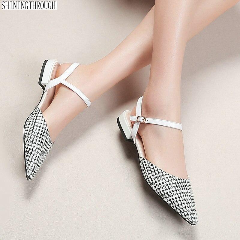أحذية النساء 2019 الصيف كعوب منخفضة الصنادل الأزياء poined تو عالية الجودة جلد طبيعي الفتاة أحذية كبيرة الحجم 42 43-في الكعب المنخفض من أحذية على  مجموعة 1