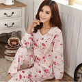 2017 Real Venda Pijamas Primavera E Outono meias de Algodão Puro Mulheres Floral Pajama Define Manga Comprida Pijamas Para Em Torno Do Pescoço Pijama 9610