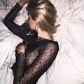 2017 Новый Женщины Блузка Винтаж Мода Sexy О-Образным Вырезом Топы Твердого Прозрачного Кружева С Длинным Рукавом Женщин Рубашка Дна Рубашки