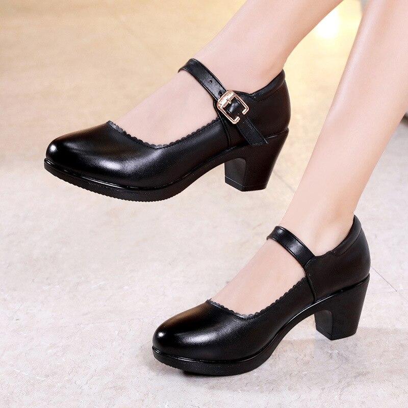 Grande taille 33-43 femmes chaussures talon carré printemps automne 2019 noir blanc argent rouge Med talons pompes femmes bureau chaussure 41 42