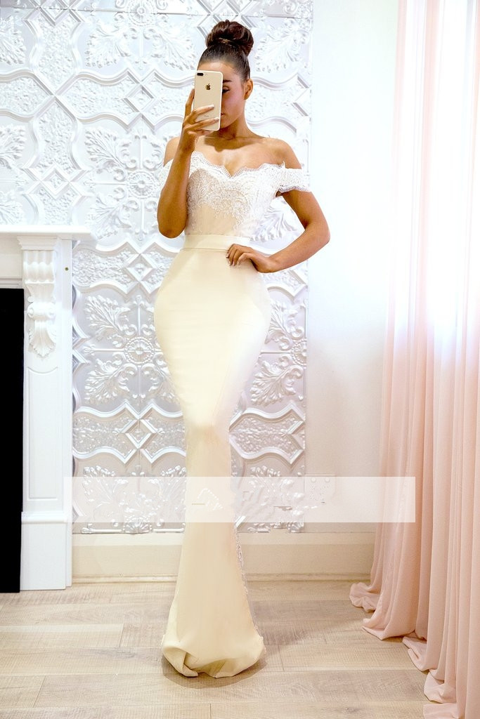 Backless 2019 Cheap Bridesmaid Dresses Under 50 Mermaid Off The Shoulder Satin Lace Long Wedding Party Dresses For Women