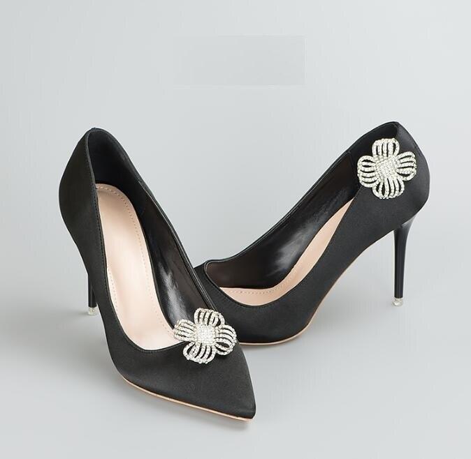 Kraftvoll 1 Paare/los Mode Gehobenen Vier Blütenblatt Form Strass Abnehmbare Schuhe Zubehör Um 50 Prozent Reduziert
