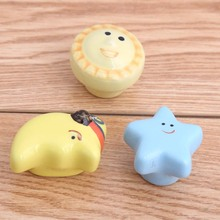 lovely Ceramic cartoon knobs blue yellow red colour porcelain children room drawer shoe cabinet handle knob Sun Moon Star knobs