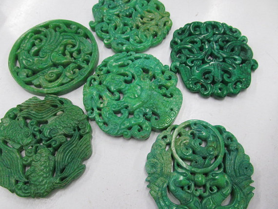 Wholesale 6pcs 70mm Ancient Jade Pendant handmade Rare Animal butterfly Green Assortment focal beads--double carvedWholesale 6pcs 70mm Ancient Jade Pendant handmade Rare Animal butterfly Green Assortment focal beads--double carved