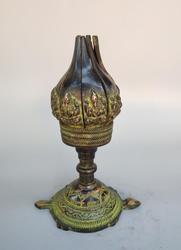 Estatua de lámpara de aceite de loto de bronce antiguo de colección China