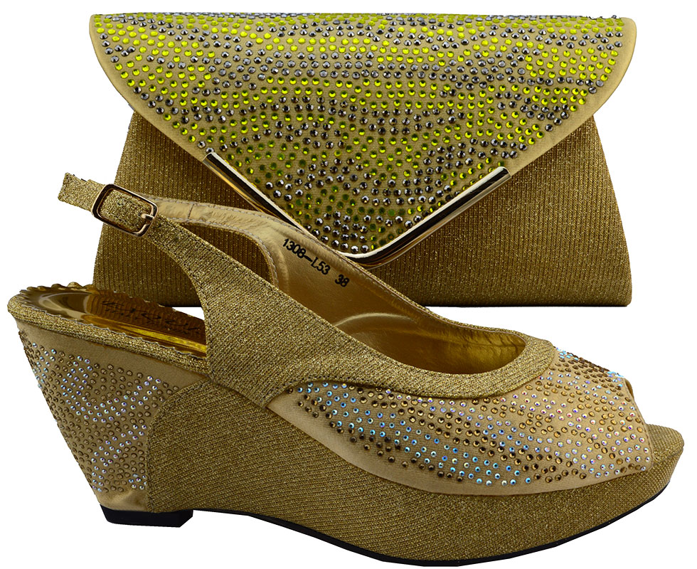 cf3a9b24e2 Free Shipping By DHL New Design Italian Shoes Matching Bag African Woman Wedges  Shoes And Bag Set To Match Gold Color Heel 8 CM-in Women s Pumps from Shoes  ...