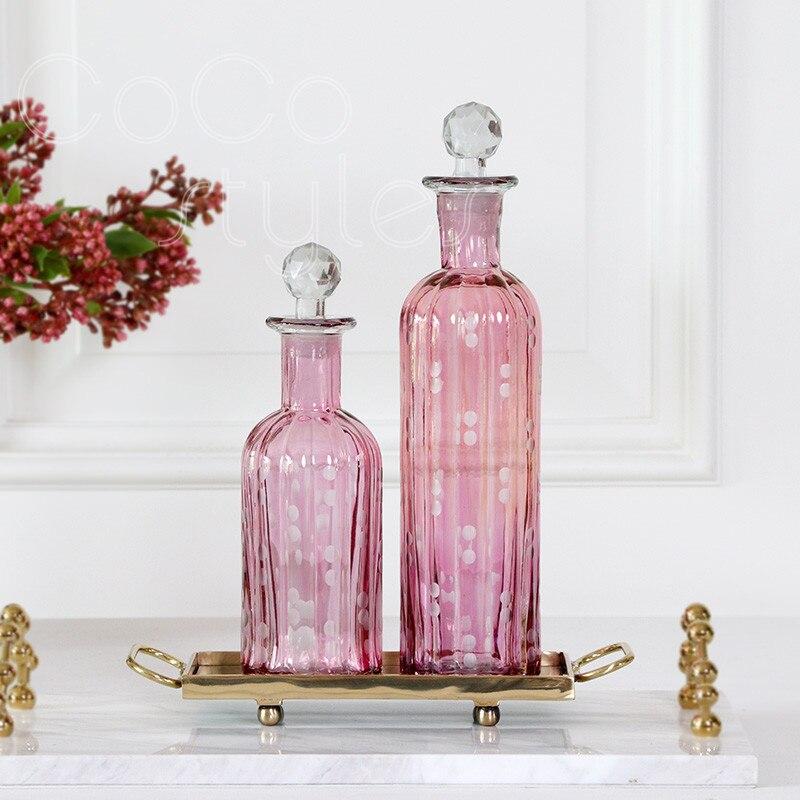 Cocostyles InsFashion beau vase en verre rose avec plateau en laiton fait main pour décor de restaurant romantique et élégant