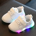 2017 Spring Breathable Luminous Sneakers Children Shoes Boys Girls Casual Shoes Lighted Colorful Led Kids Light Up Shoes