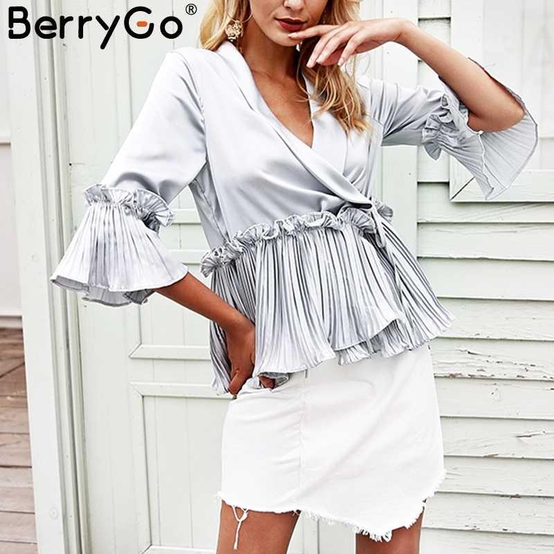 20f453c1b5b BerryGo плиссированные рюшами баски летний топ Женский атласная Свободная  блузка с длинным рукавом рубашка для женщин
