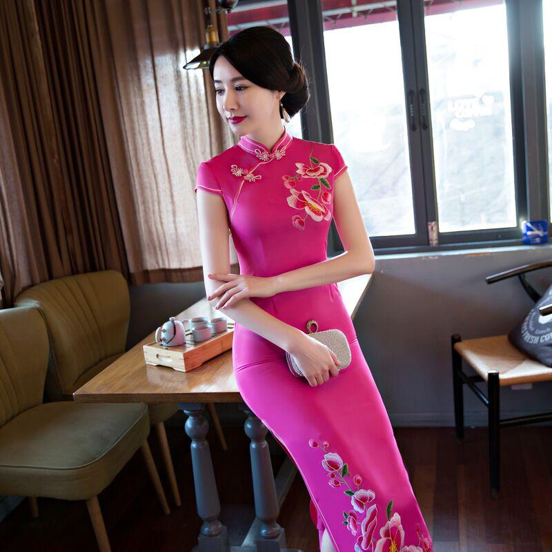 أزياء الصيف المرأة طويلة شيونغسام جديد وصول النمط الصيني الحرير اللباس تشيباو أنيقة Vestidos حجم SML XL XXL XXXL 6C5891-في فساتين من ملابس نسائية على  مجموعة 1