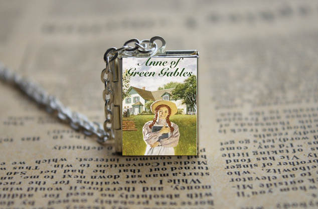 US $3 99 |Anne of Green Gables Book cover Locket Necklace keyring silver &  Bronze tone-in Chain Necklaces from Jewelry & Accessories on Aliexpress com