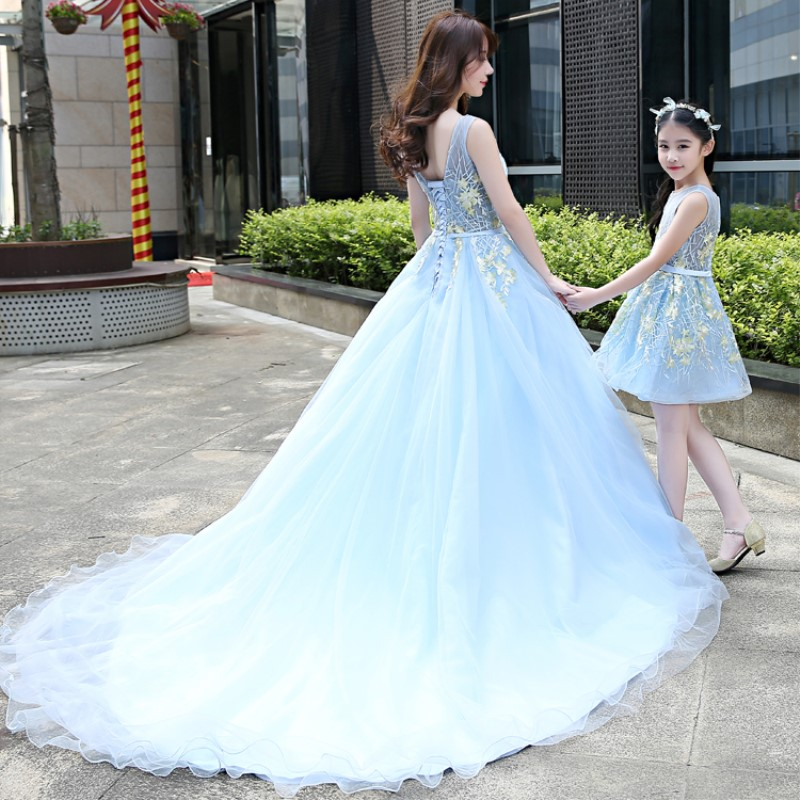 Mother Daughter Blue Lace Wedding Dresses for Family Matching Outfits Clothing Mama Baby Mother Mom and Daughter Dress Clothes children clothing mother and daughter dress xl xxxl lady women infant kids mom girls dress with dancing rabbit beautiful skirt