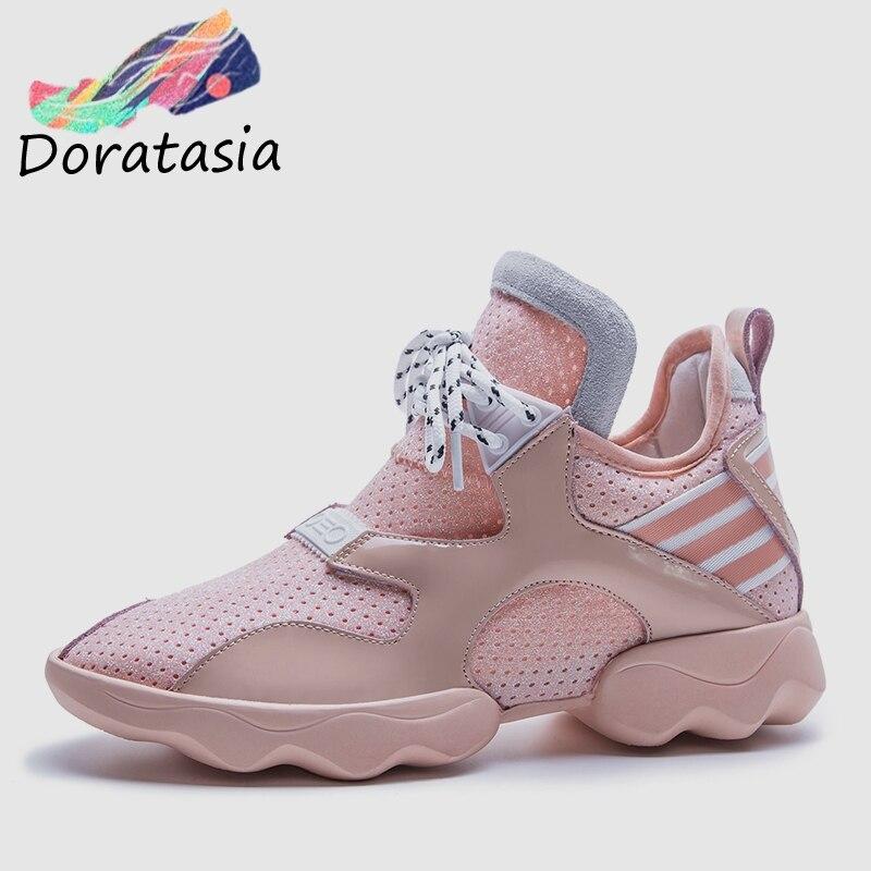 DORATASIA 2019 nowy marka projekt lato Mesh Sneakers prawdziwej skóry duży rozmiar 34 42 kobiet buty na koturnie kobieta w Damskie buty typu flats od Buty na  Grupa 1