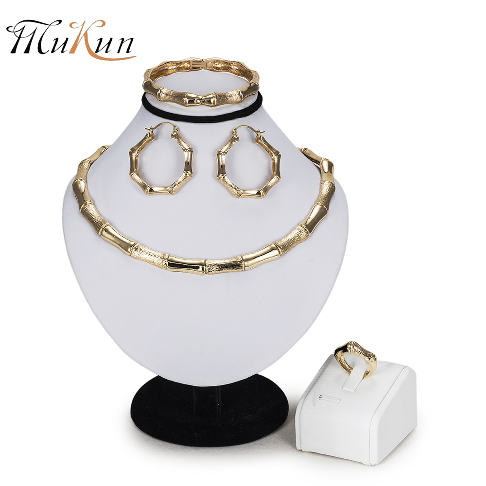 MUKUN Wholesale 2018 Dubai Gold Color Bridal Jewelry Sets Fashion African Beads Jewelry set big Nigeria Wedding necklace set