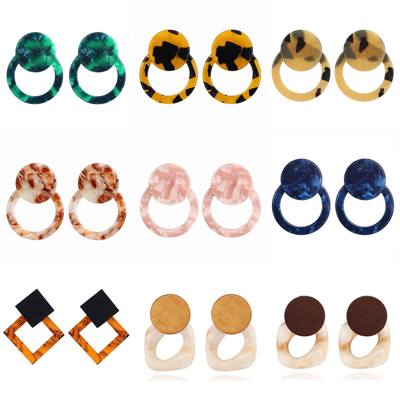 E453 Hot New Earrings Female Oval Acrylic Pendant Earrings Vintage Fashion Earrings Trend Earring For Women