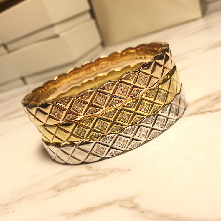 Selling Brand Boutique titanium steel bracelet bangles with Big Wide Grid Smooth micro crystals cuff bangle H love bangle hot sell middle east brand titanium steel leopard bracelet bangle for women double wire full drill bangles bracelet top quality