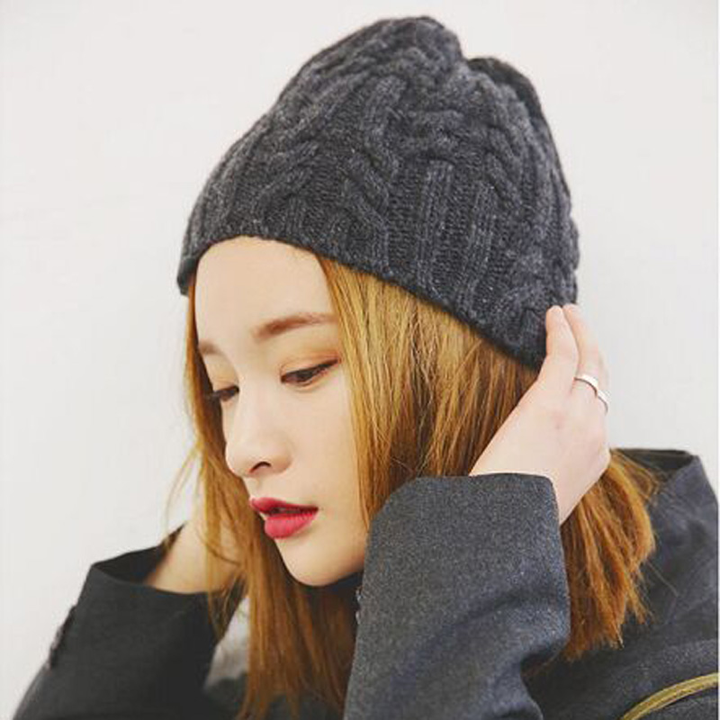 1 Pcs Hot Style Women's Warm Autumn Winter Hats Striped Twist Skullies Knitted Cap Men's Fashion Beanies 6 Colors 8556 1 pcs autumn winter hot sell knitted cap brand skullies beanies hats for men caps 4 colors 8514