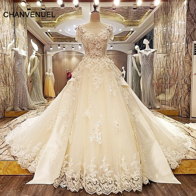 LS33227 luxury wedding gown crystal long train lace ball gown corset ...