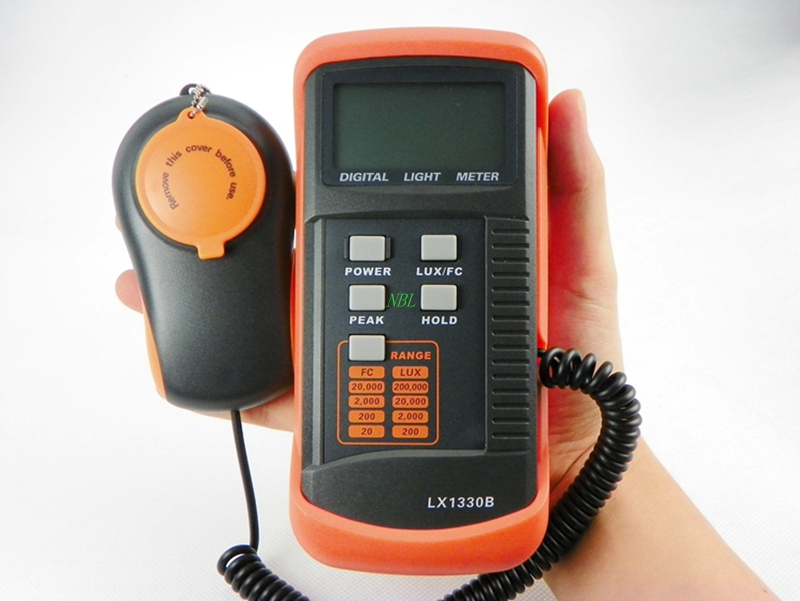 Professional Digital Lux Meter 0.1~200,000Lux LCD Lux/FC Light  Intensity Tester Data Hold Peak Reading Hold Accuracy 0.1Lux new professional lx1010bs digital light meter 100000 handheld lux meter