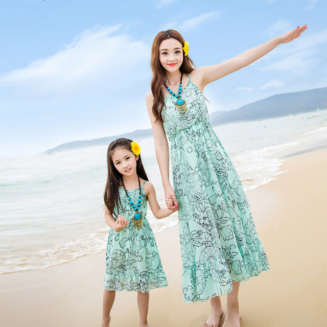 Family Matching Outfits Mom and Daughter Dress Mother Daughter Dresses Clothes Beach Chiffon Summer Dress Family Look Clothing