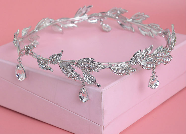 HTB1qRMNLVXXXXafXpXXq6xXFXXX1 Enchanting Nymph Rhinestone Leaf Bridal Tiara With Water Drop Charms