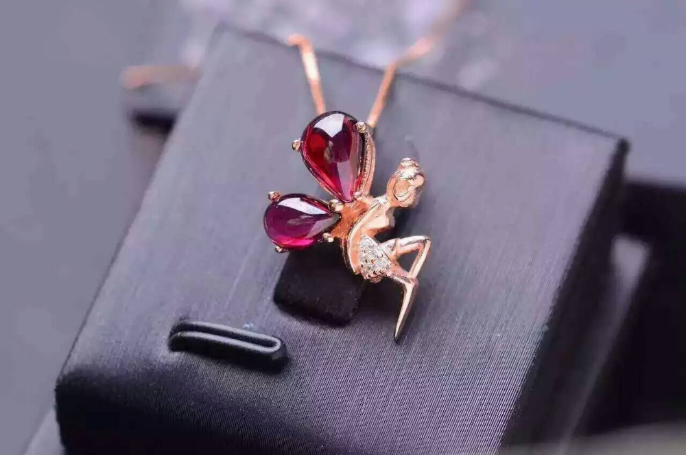 natural red garnet stone pendant S925 silver Natural gemstone Pendant Necklace trendy Elegant angel women party