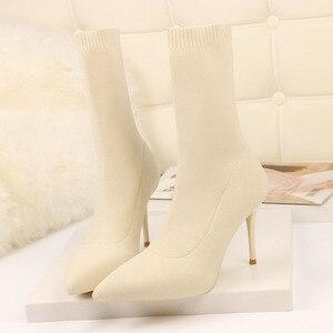 Image 2 - SEGGNICE Sexy Sok Laarzen Breien Stretch Laarzen Hoge Hakken Voor Vrouwen Mode Schoenen 2020 Lente Herfst Enkellaarsjes Laarsjes Vrouwelijke
