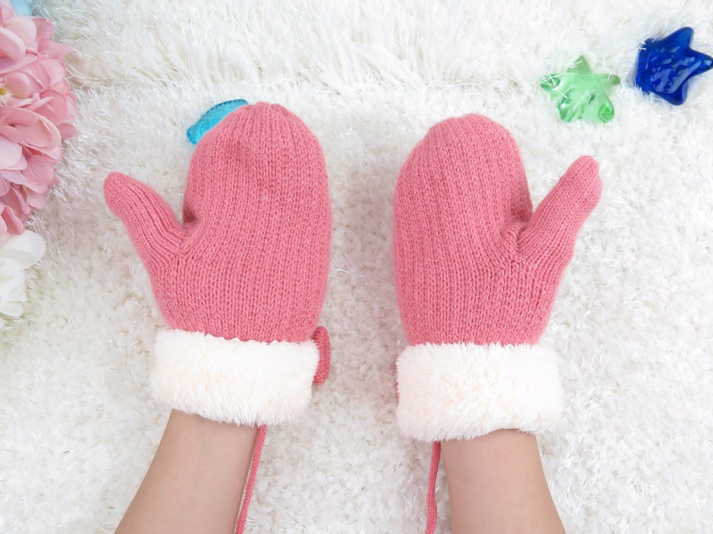 GLV901 6 10YEARS children winter warm knitting cartoon font b gloves b font pearl butterfly decorated