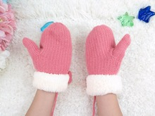 GLV901 6-10YEARS children winter warm knitting cartoon gloves pearl butterfly decorated