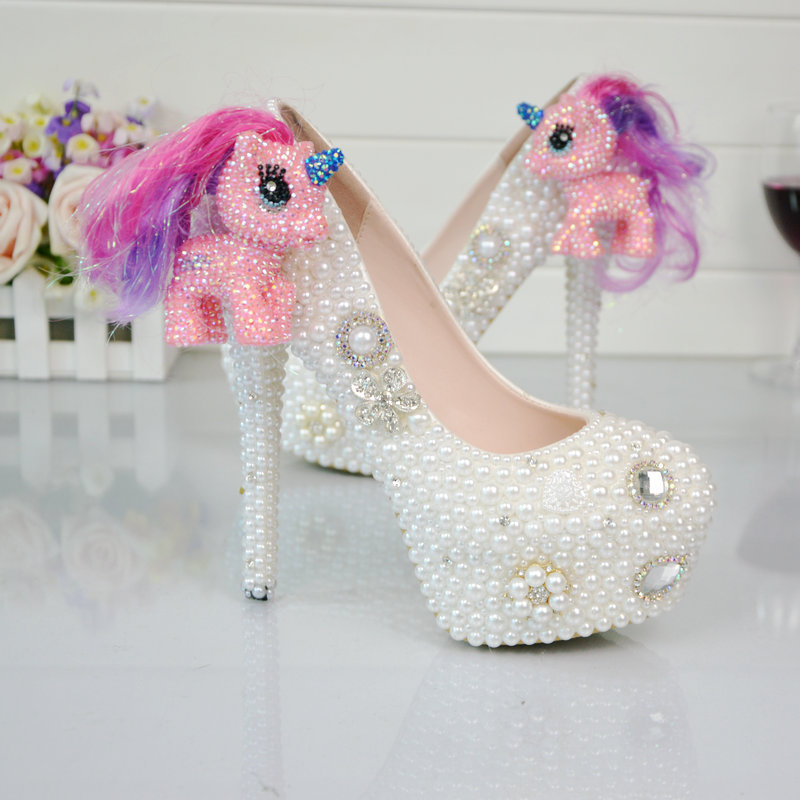 ФОТО White Pearl Wedding Shoes Horse/Pony Figurine Bridal Dress Shoes Handmade Ceremony Party Prom Pumps Plus Size 45