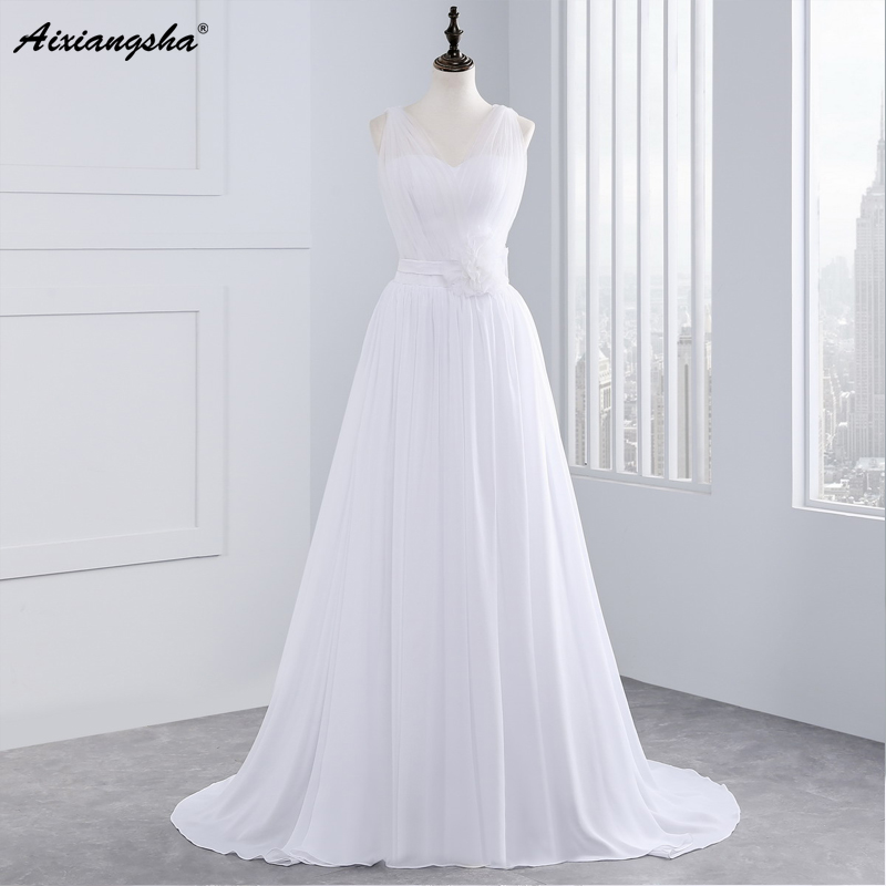 sexy beach womens wedding dresses 2017 new v neck tulle plain puffy a line bridal