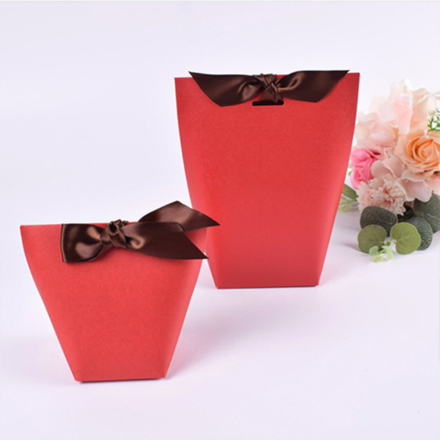 Us 45 59 30 Off 100 Pcs Small Gift Paper Bags For Jewelry Gift Box Ribbon Kraft Chocolates Candy Box Packaging Wedding Party Favors 5 7x6x10cm In